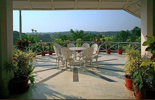 Rock End Manor Hotel Pachmarhi Rooms Rates Photos